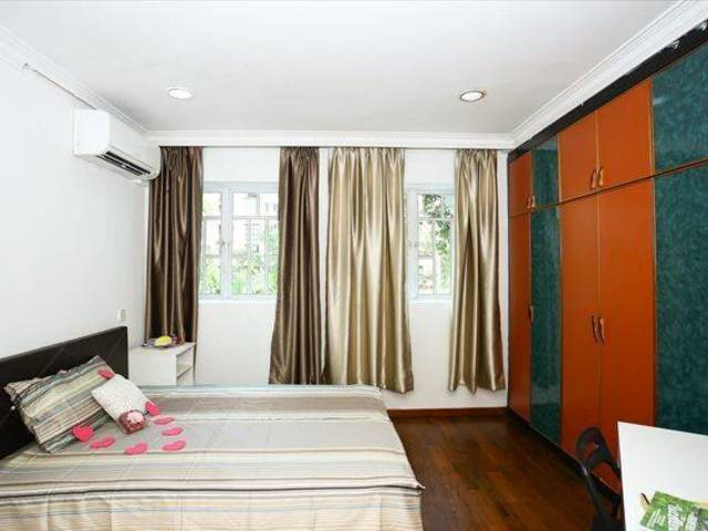 HouGang MRT Partial Service Landed Property Master like Studio Room for Rent _8118..._NO AGENT FEES