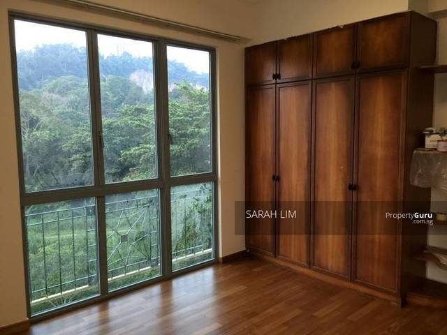 Mater Bedroom with Private Bathroom on Upper Bukit Timah
