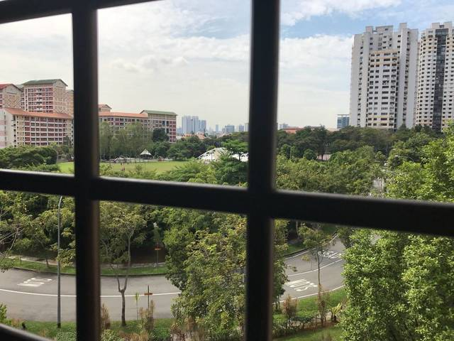 only $2800 for a bishan 4 room flat