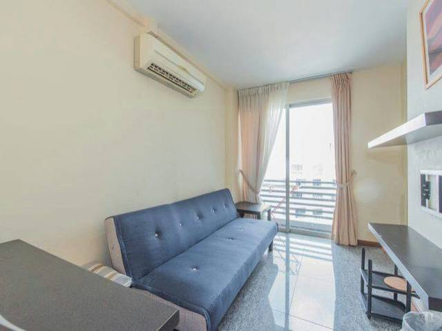 studio only $2500 , 5 mins to dhoby ghaut MRT