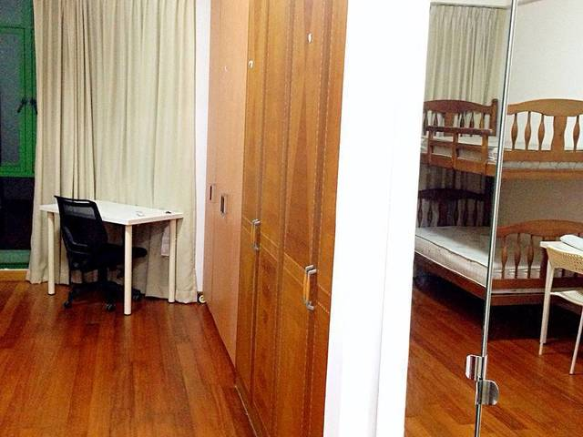 Bright tidy codo master room, near Boon Keng MRT, available now