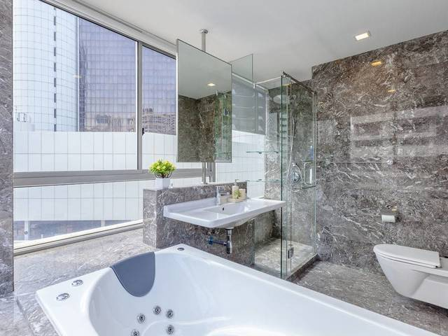 ORCHARD High End Condo No Agent Fee by Cityrooms