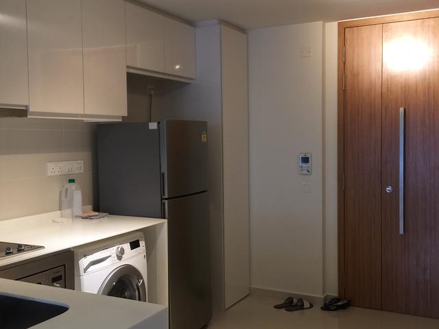 1Bedroom Condo MRT at doorstep for rent