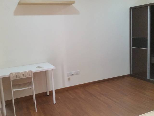 MasterRoom with attached ensuite bathroom for rent