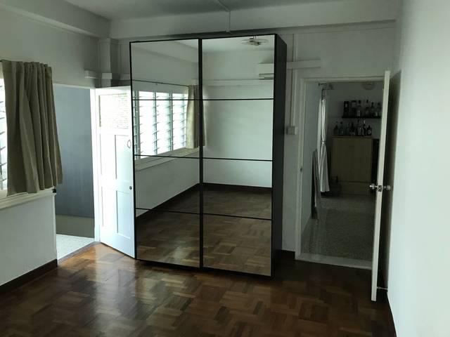 Common Room in Walk-up Apartment in Tiong Bahru