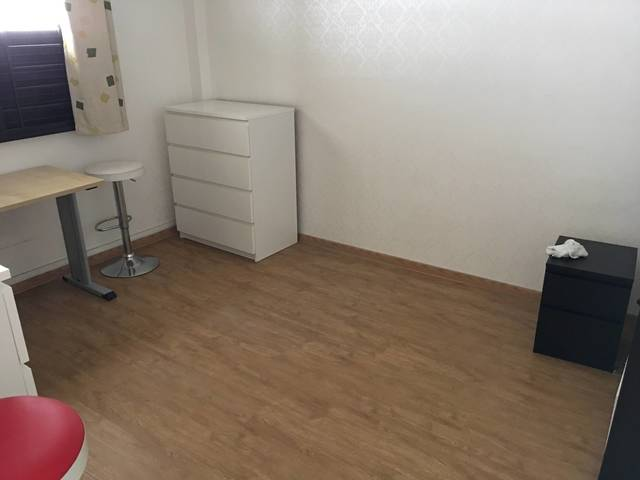 Marine Terrace Blk59 two Air-Con room for rent