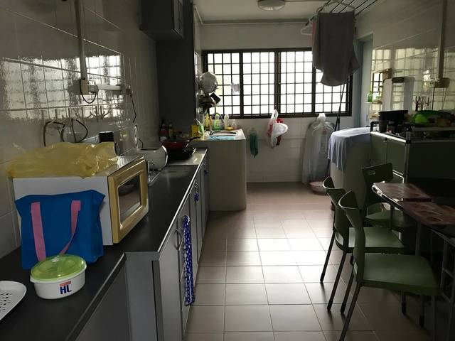 Yishun good room for rent! Great location for transportation and daily life!