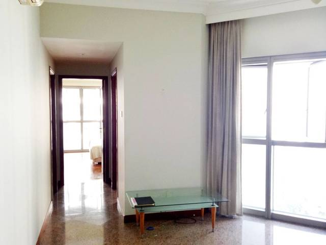 High floor 2 bedroom unit for rent, great pool and sea view
