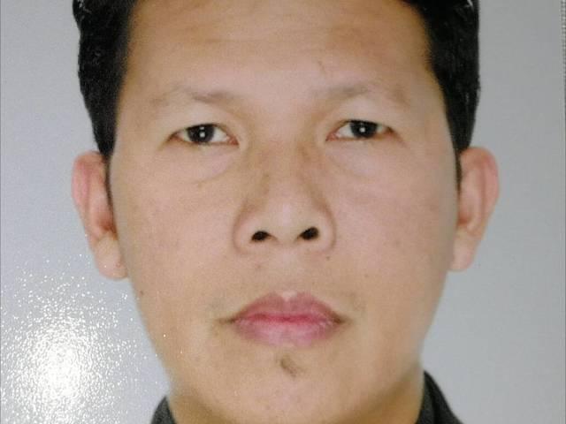 D'nichols Dulang is looking for a room in Sengkang