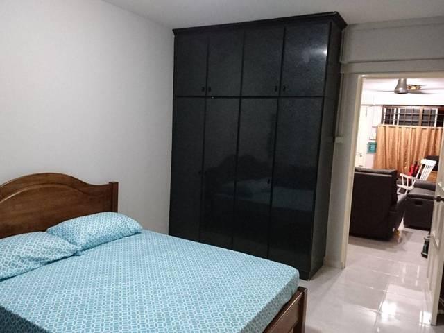 MASTERS BEDROOM FOR RENT BLK 497B TAMPINES STREET 45