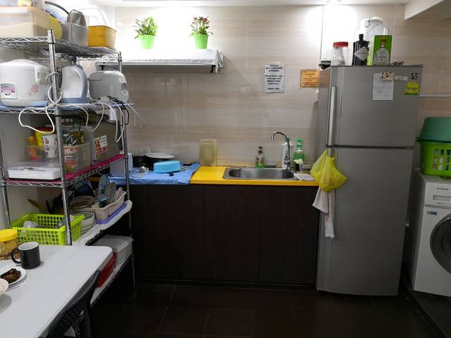 BLK 101 SPOTTISWOODE PRK ROOM FOR RENT - 2 DOUBLE DECK BED - Max of 2 pax only per room. - $480 each