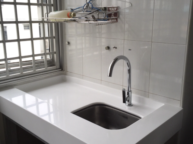 Near Commonwealth MRT ! 3-rm unit at Blk 66 commonwealth Drive @1.7k
