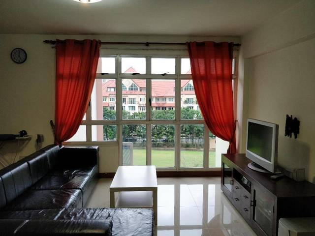 Homely Approved 5rm flat for rent near Seletar Mall Blk 413A Fernvale link