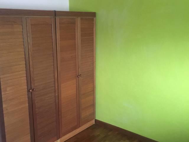 Room for rent at woodlands crescent