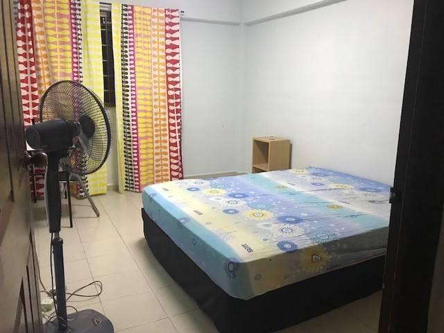 749 Room For Rent - Yishun