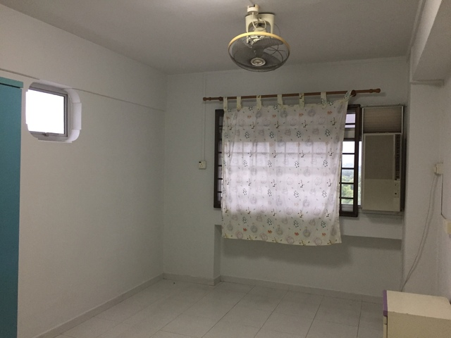 For Rent. Large HDB Flat, 4 Bedrooms, No Owner Stay