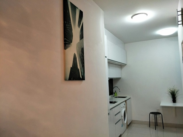 Beautiful 1-Bedder Apartment with Balcony at $1900/month For Rental!