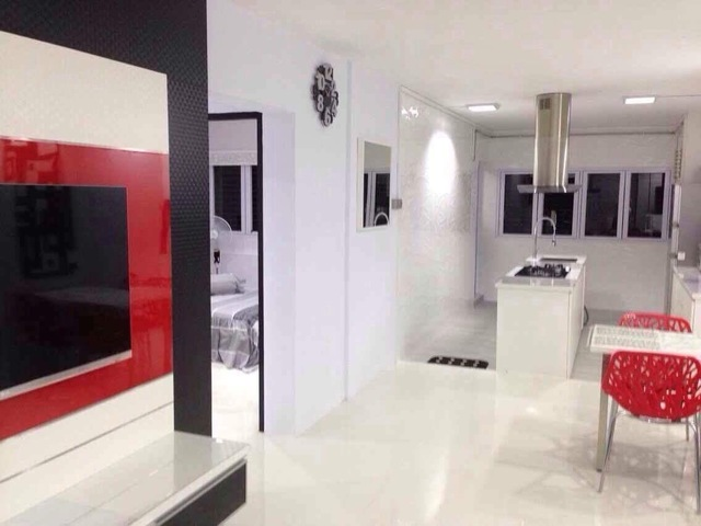 40k condo style Reno Hdb master bed room for rent