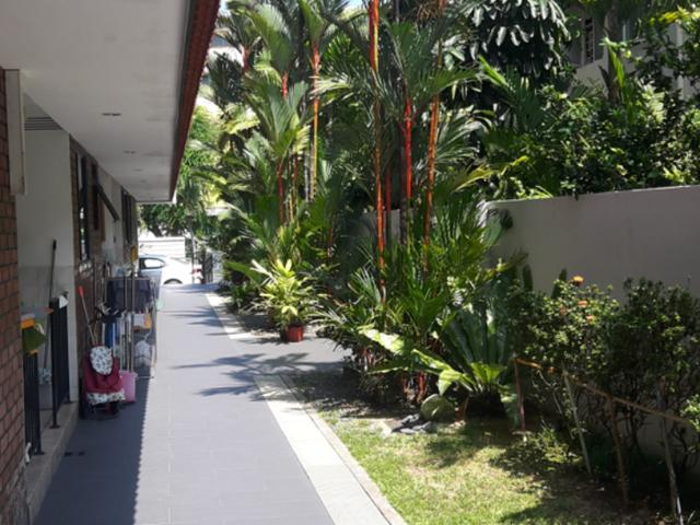 Seraya Lodge House Common Room-walk to Katong Shopping centre and Parkway Parade