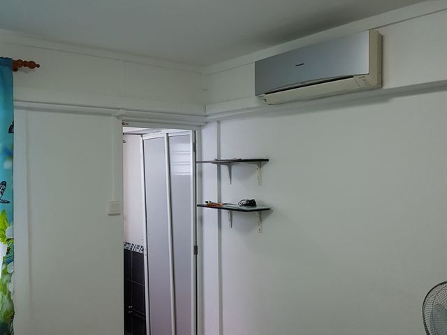 Master Room 628 Bedok Reservoir Road @ Bedok North MRT -5 Mins Walk -Ff. Ac. Wifi