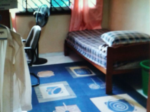 230 Choa Chu Kang Central @ Choa Chu Kang MRT -10Mins Walk -Common Room -Ff. Wifi. No Ac