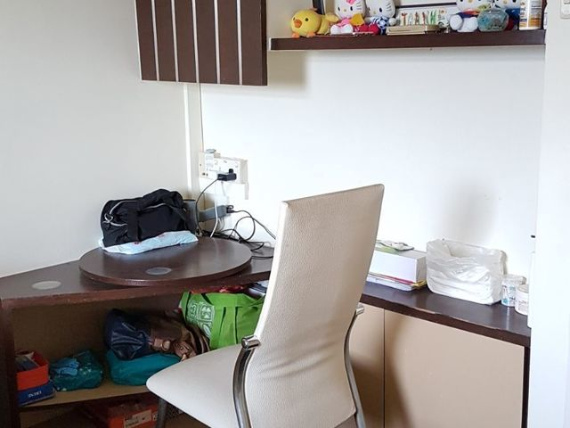 Common room (Clean + Quiet + Sea view + windy + table + chair)