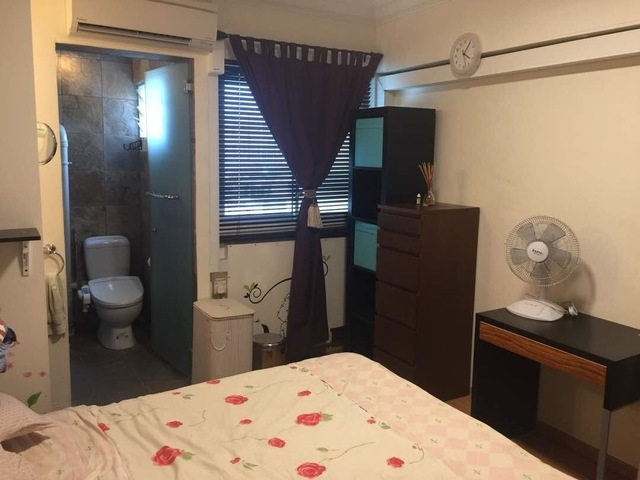 Master Room with Ensuite in City Centre (off River Valley Road)