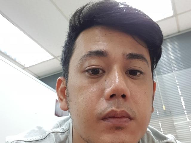 Jorge is looking for a room in Sengkang