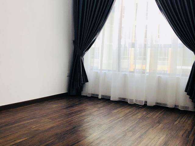 Brownstone EC Room for rent