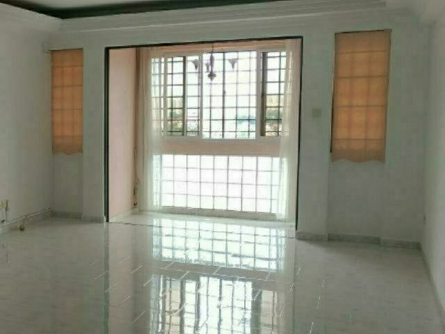 High floor, 3 BR apt in landed enclave of Serangoon Garden for rent!  Call 9681... CY
