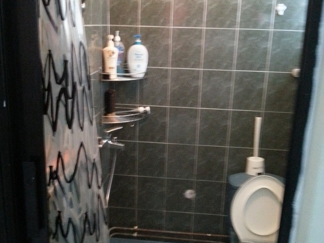 Central Area, Big Master bedroom for RENT.(No agent fees)