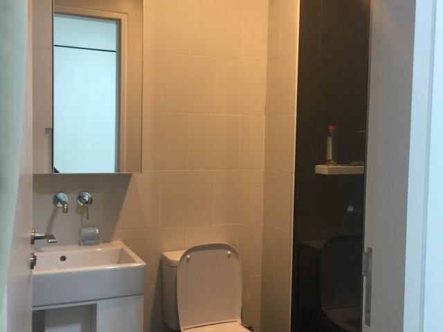 1 yr old Quiet clean furnished master bedroom with attached toilet