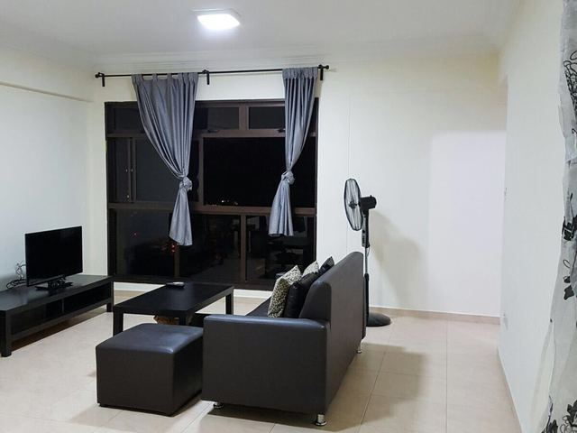 Master Bedroom @ Bedok North Rd, Blk 183