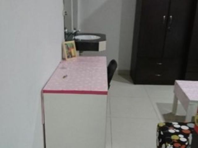 Outram Park MRT Partial Service Apartment With Private Kitchen for Rent_No Agent Fees