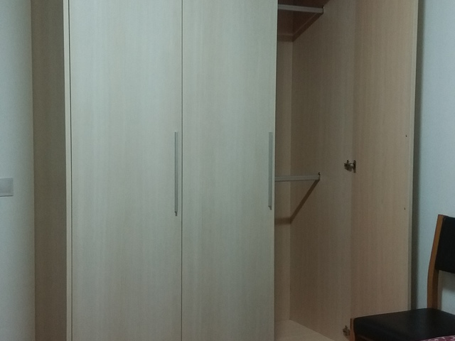 Specious unblocked room for rent