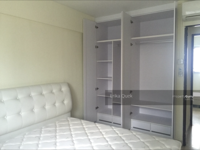 Nice unit at excellent location!