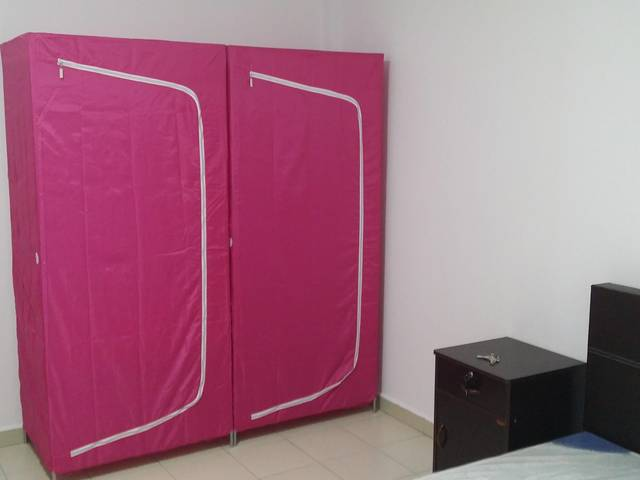 All in: Spacious Common Room in Petir Road for Rent.
