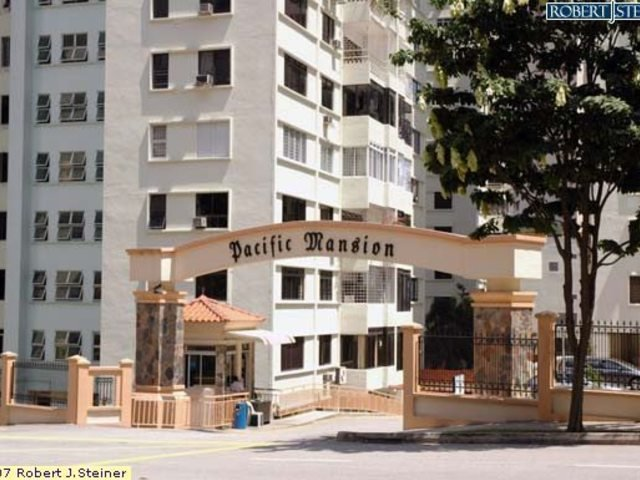 Good prices, good location rooms for rental! Pacific Mansion