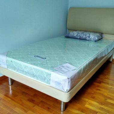 No agent fee, Next to Toa Payoh MRT, Air-con, WIFI