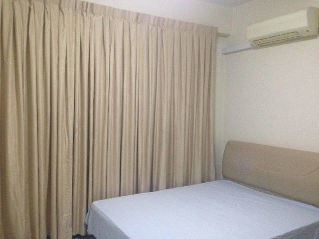 Urgent!! Spacious beautiful condo balcony room at River valley/somerset MRT