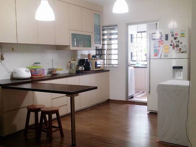 room for rent tampines singapore hdb master bedroom for rent 800 sharing with others 380