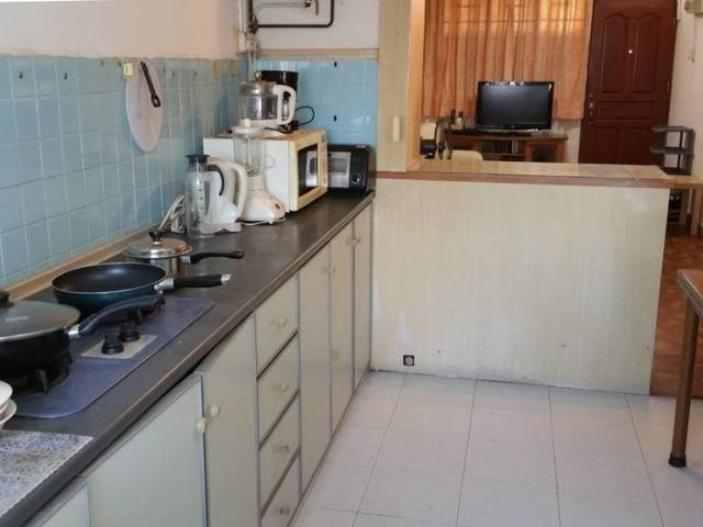 Whole flat for rent (2 Bedroom air-con furnished) Near Bouna Vista MRT