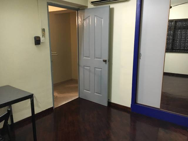 Sengkang 186 D Rivervale Common Room To Rent $500