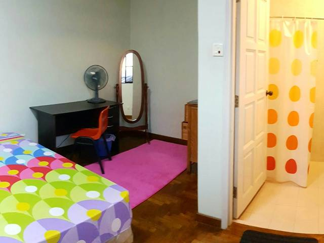 Spacious Room with Bathroom Attached . No agent , direct owner