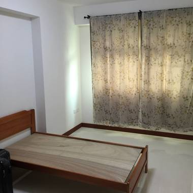 Choa Chu Kang common room for rental - Immediate available